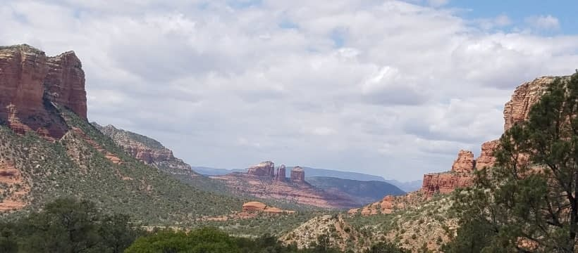 Courthouse & Cathedral Rock Sedona relieve stress